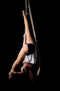7052-d3_Circus_Center_Performer_San_Francisco_Portrait_Photography
