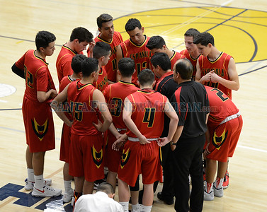 Española Valley High at Santa Fe High boy's basketball game played Tuesday, December 13, 2016 at Toby Roybal Memorial Gymnasium. Clyde Mueller/The New Mexican