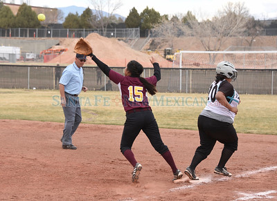 Santa Fe Indian School vs. Capital softball game played Tuesday, March 21, 2017 at Jaguar Field, Capital High. Clyde Mueller/The New Mexican