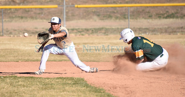 Los Alamos at Santa Fe High baseball game played Tuesday, March 14, 2017 at Santa Fe High's Clyde Faucett Field. Clyde Mueller/The New Mexican