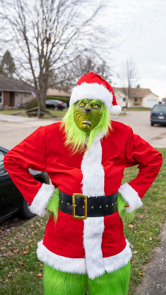 Santa & Grinch Sighting 2020
