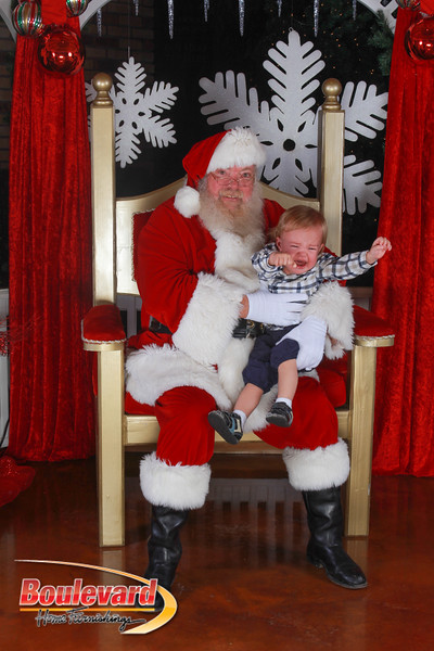 Santa 12-17-16-635