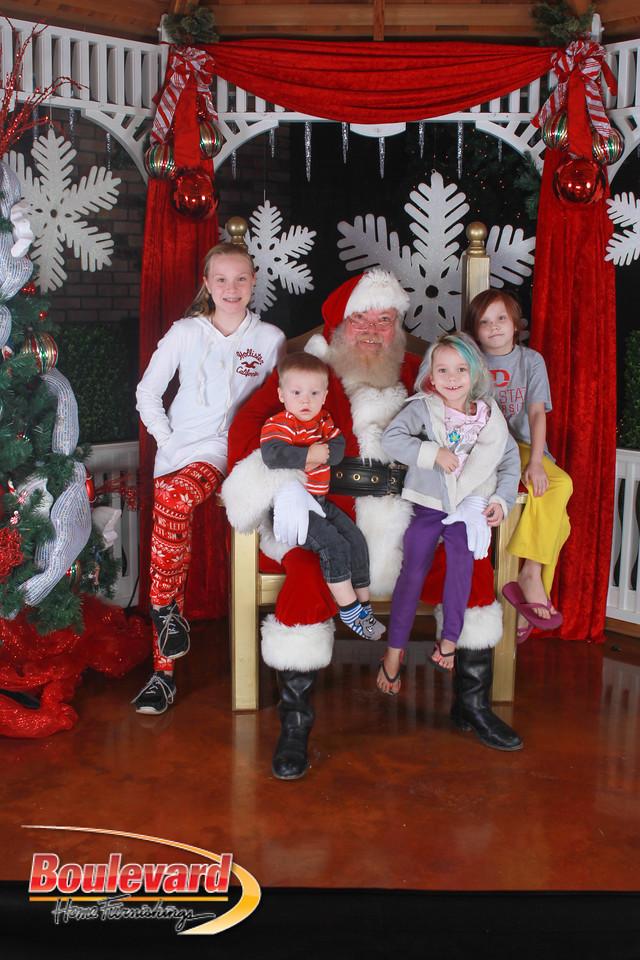 Santa 12-17-16-599
