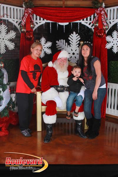 Santa 12-17-16-637