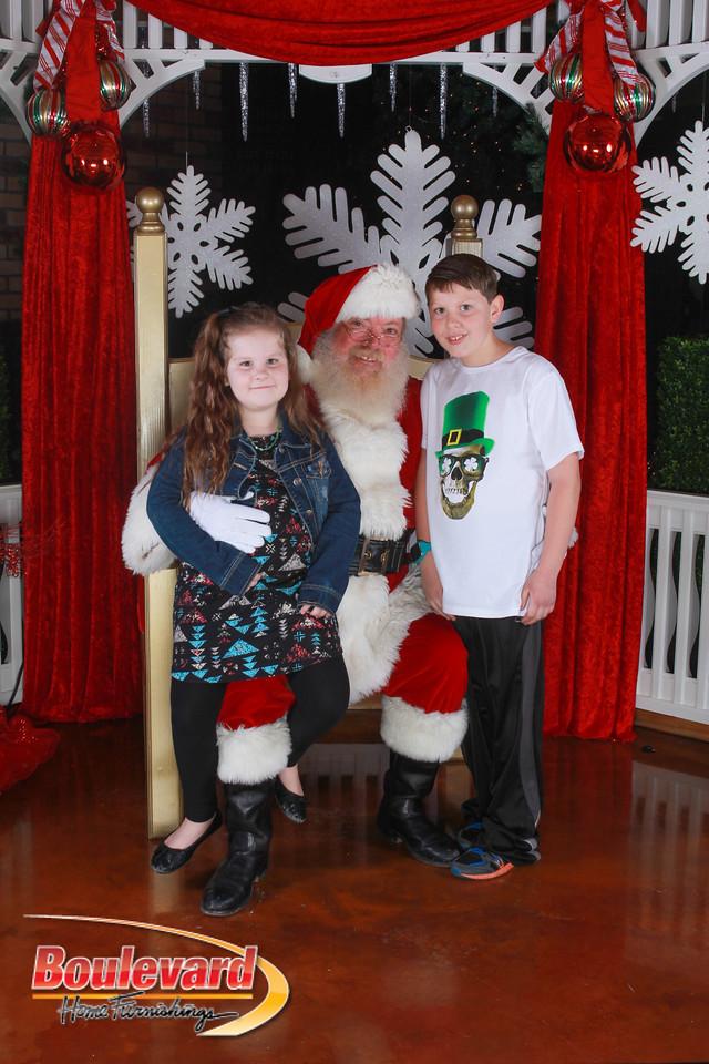 Santa 12-17-16-633