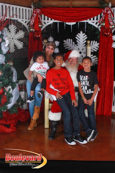 Santa 12-17-16-596