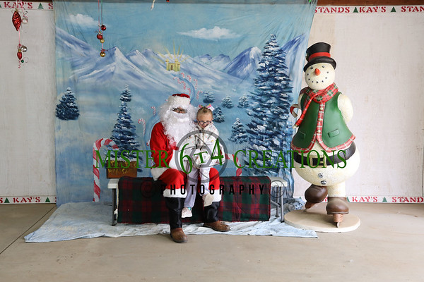 Santa Photos at Kay Kringle's Christmas Trees