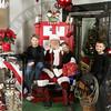Santa121610_0010