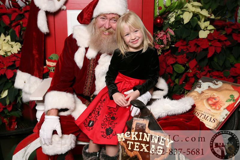 Santa121111_0024