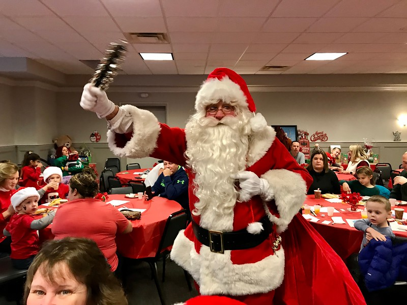 Santa arrived from the North Pole to the North Billerica Solomon Post VFW. Photo by Mary Leach