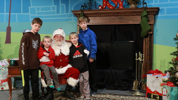 Pictures w/ Santa 2017 | Ann Arbor