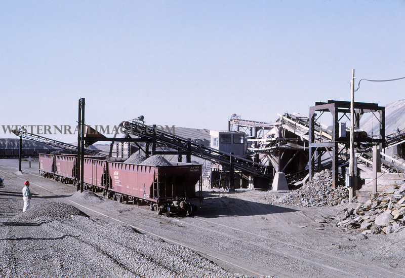ATSF 144 - May 9 1969 - slag pit @ Pueblo Colo - Jim Ozment