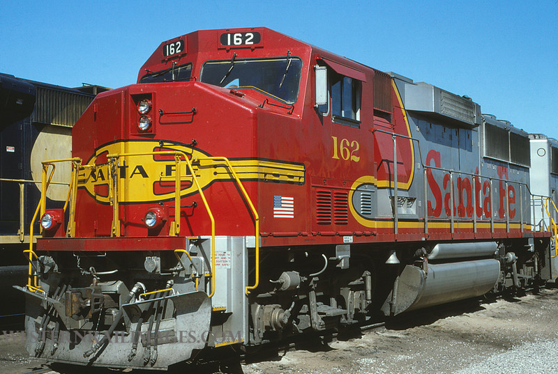 ATSF 119 - APril 30 1991 - GP60M no 162 @ Kansas City KS - by L Coone