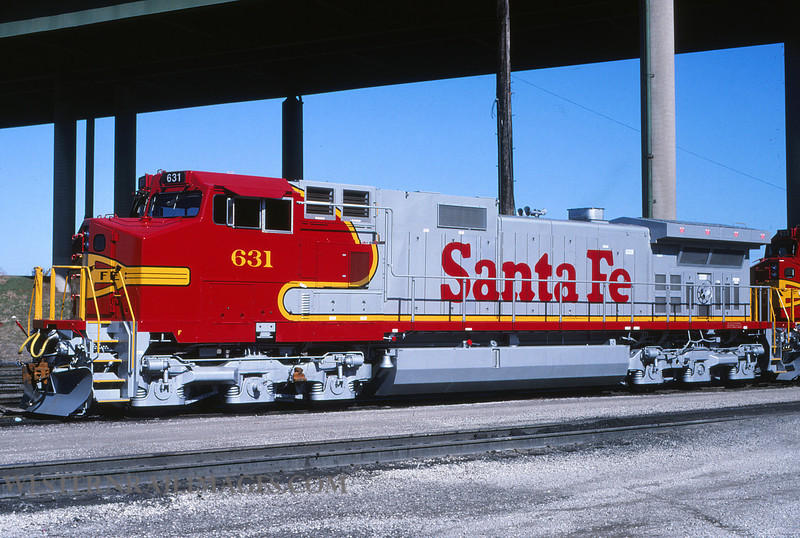 ATSF 622 - March 20 1994 - loco 631 GE dash 9 @ Kansas City KS by L Coone