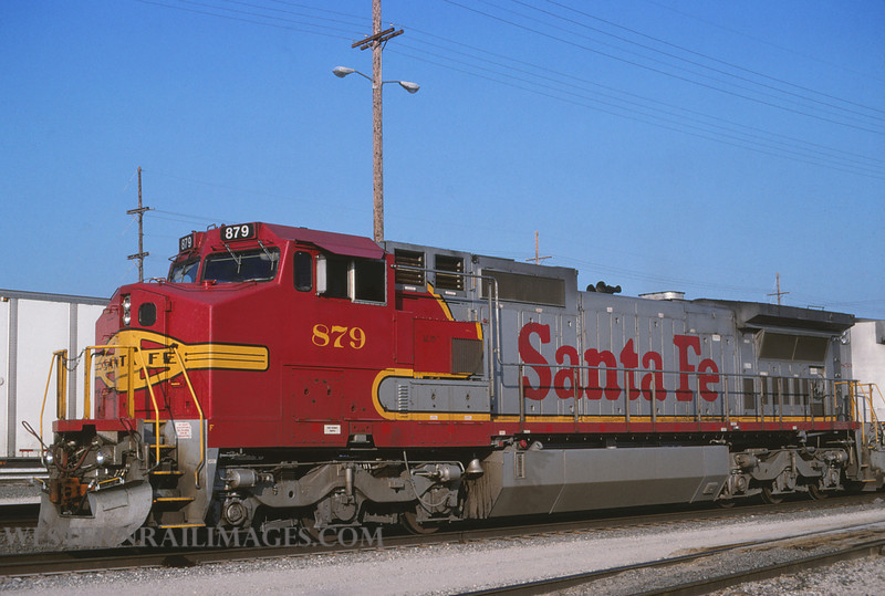 ATSF 528 - July 11 1998 - no 879 @ Kansas City KS by L Coone
