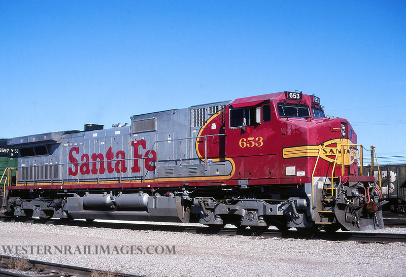 ATSF 659 - Oct 10 1999 - loco 653 dash 9 @ Kansas City KS by L Coone