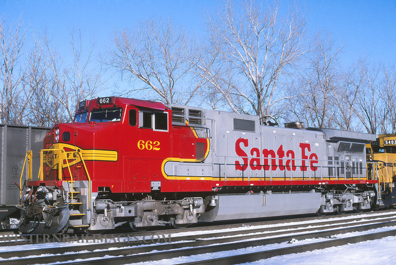 ATSF 669 - Dec 13 1995 - loco 662 @ Kansas City KS by L Coone