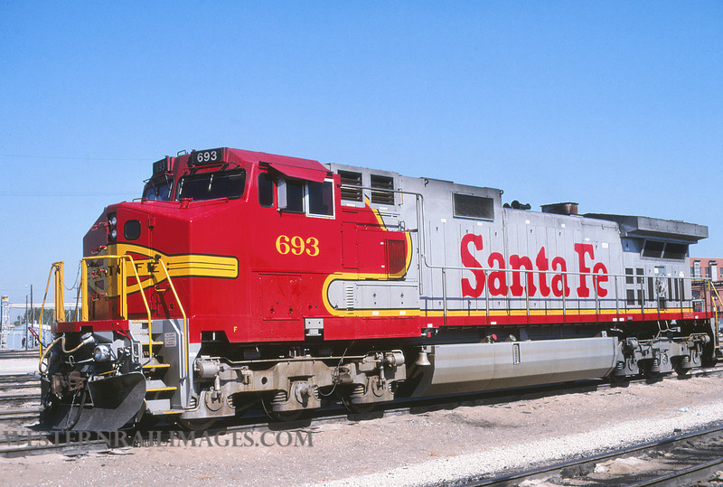 ATSF 716 - Sep 28 1995 - loco 693 @ Kansas City KS by L Coone