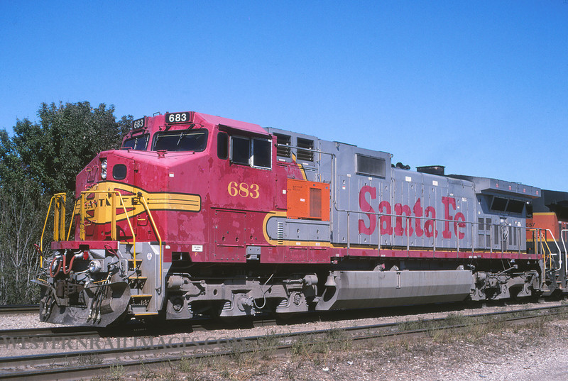 ATSF 700 - Oct 1 2003 - loco 683 @ Springfield MO by L Coone
