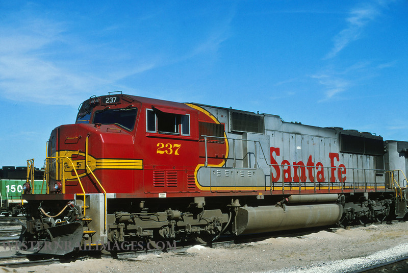 ATSF 181 - OCt 1 1996 - SD75M no 237 @ Kansas City KS - by L Coone