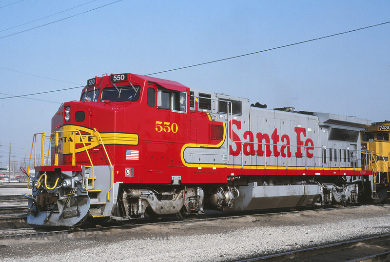 ATSF 392 - Feb 22 1992 - no 550 @ Kansas City KS - by L Coone
