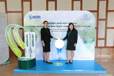 Santen-TAPTIQOM-Photo-Booth-in-Da-Nang-Chup-hinh-in-anh-lay-lien-tai-Da-Nang-Vietnam-003