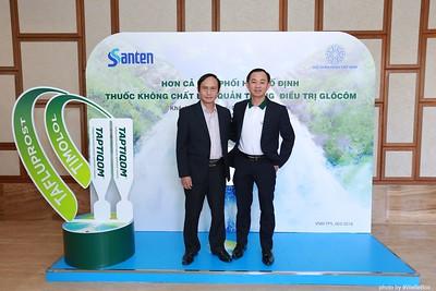 Santen-TAPTIQOM-Photo-Booth-in-Da-Nang-Chup-hinh-in-anh-lay-lien-tai-Da-Nang-Vietnam-015