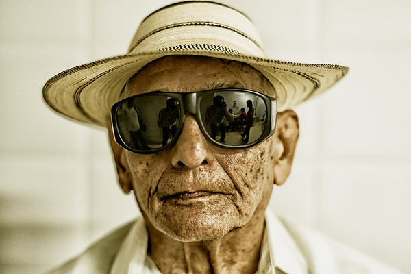 Santiago, Panama -- Cataracts