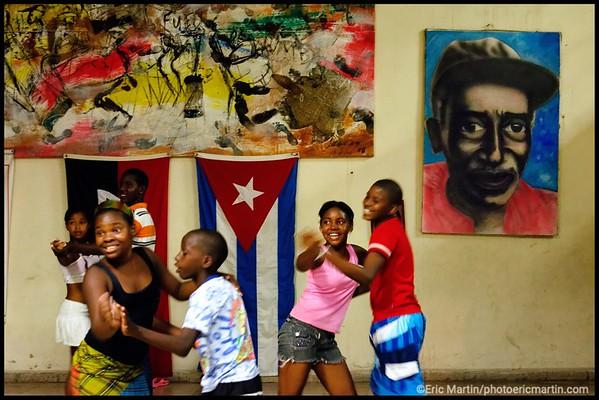 CUBA. SANTIAGO DE CUBA. COURS DE DANSE POUR LES ENFANTS