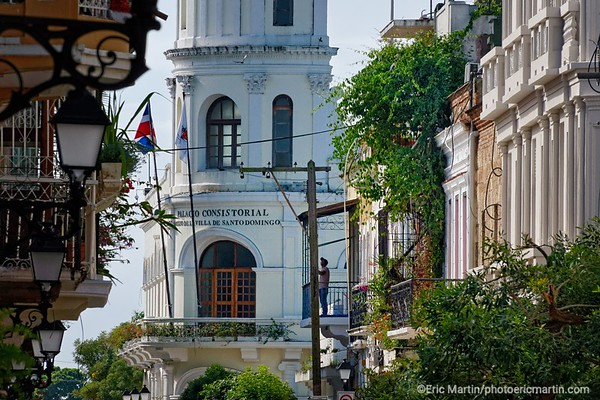 REPUBLIQUE DOMINICAINE. LA VILLE COLONIALE DE SANTO DOMINGO. SAINT DOMINGUE. Le Palacio del Consistorial (Hôtel de Ville)