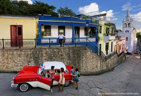 REPUBLIQUE DOMINICAINE. LA VILLE COLONIALE DE SANTO DOMINGO. SAINT DOMINGUE. Rue Hostos, église de la Altagracia