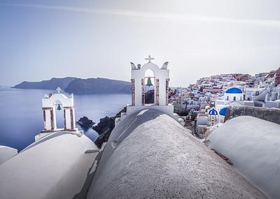 White!!! - Oia, Santorini