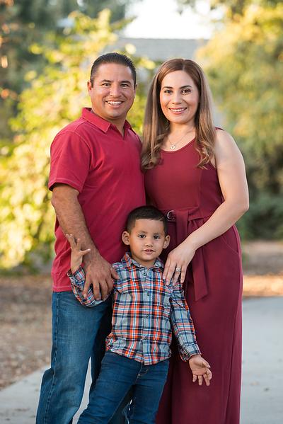 Santoya Family 2019-8958