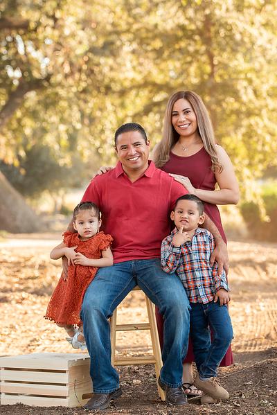 Santoya Family 2019-8697