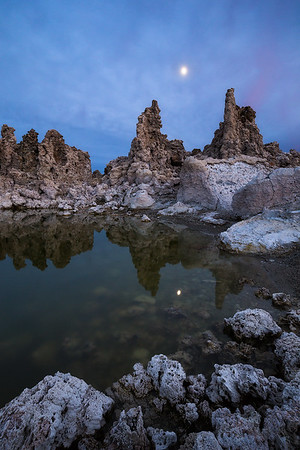 Moonrise, Mono Lake