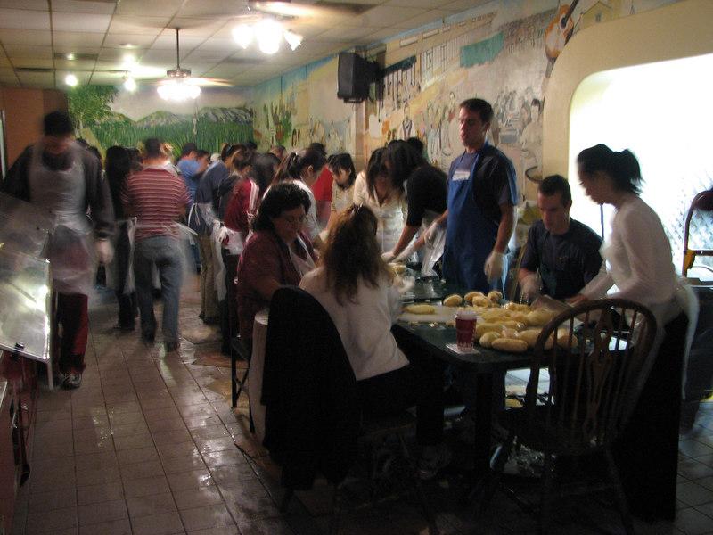 2006 11 22 Wed - Random people with potatoes 1