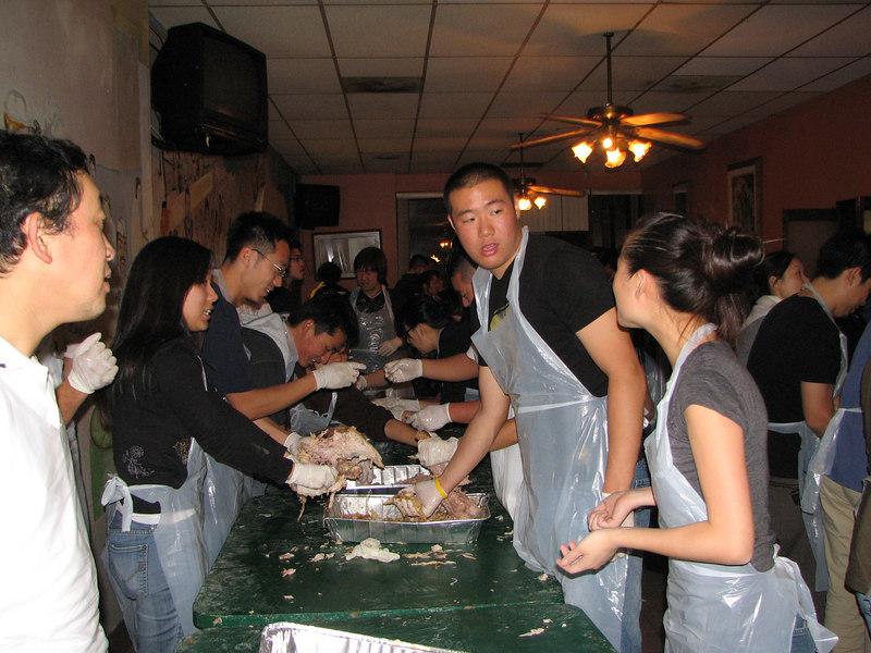 2006 11 23 Thu - Sarang EM shredding turkeys 2