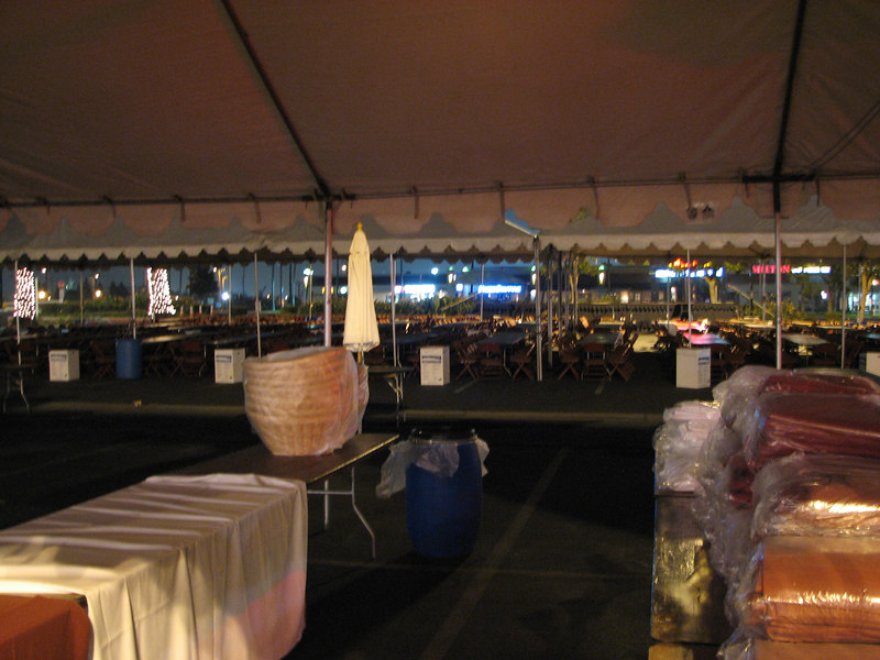 2006 11 22 Wed - Big tents 1