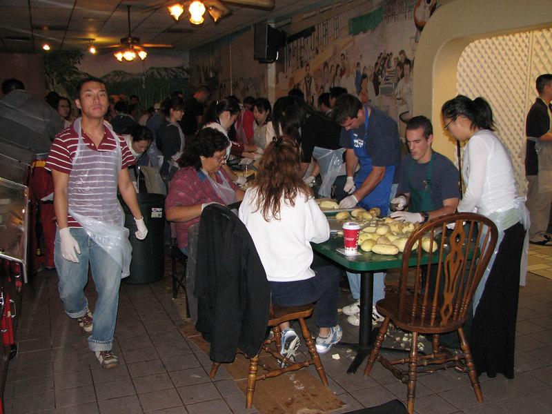 2006 11 22 Wed - Random people with potatoes 2