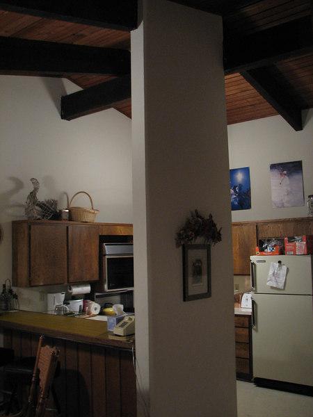 2007 01 05 Fri - Scott Chow's cabin - Kitchen