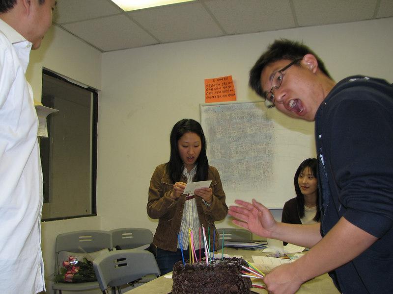 2007 03 09 Fri - Kuni Onishi does the robot