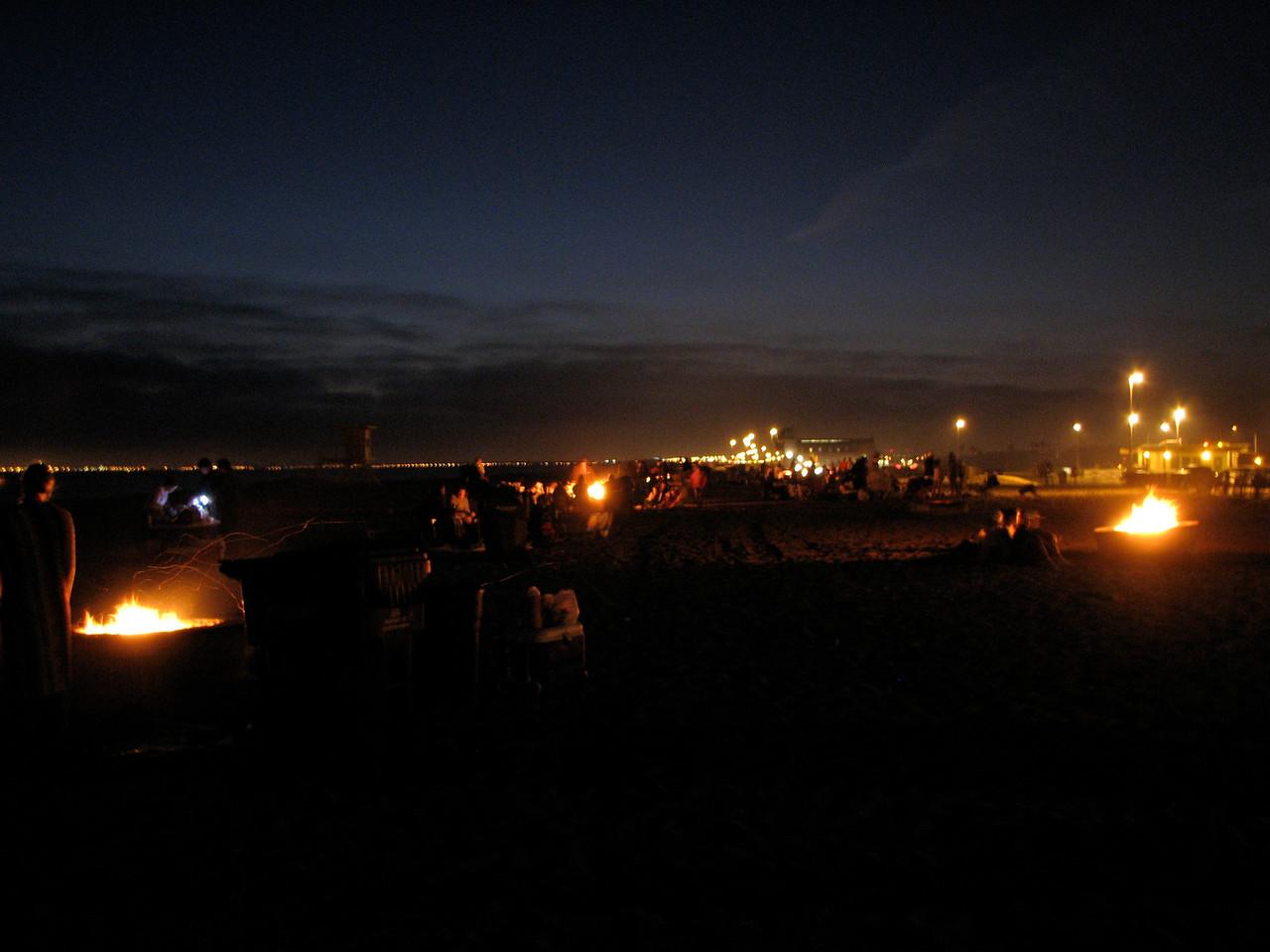2007 06 22 Fri - Beach of bonfires