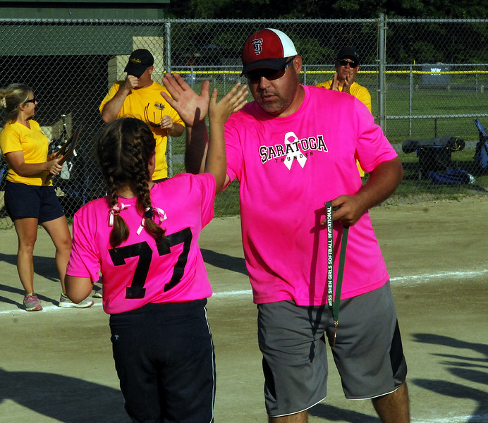 STAN HUDY - SHUDY@DIGITALFIRSTMEDIA.COM<br /> Saratoga Miss Thunder Red 10U Coach Dave Soltis and Sarah Decker