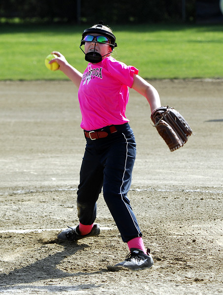 STAN HUDY - SHUDY@DIGITALFIRSTMEDIA.COM<br /> Saratoga Miss Thunder Red 10U - Hadley Donnelly