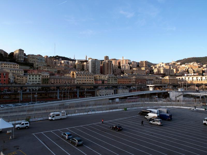 Genova, harbor<br /> Olympus E-420 & Zuiko 12-60mm/2.8-4.0