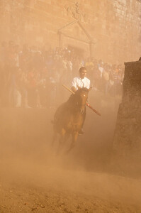06.07.11 - Sedilo, Sardinia, Italy: Ardia Festival. The Ardia is one of the most important traditional events of Sardinia, a ritual horse race which envolve over 100 brave horsemen every year on 6 and 7 of july in honour of St. Constantine - (ITA) Sedilo: l'Ardia di San Costantino, sfrenata corsa a cavallo fatta in onore di San Costantino, che si svolge ogni anno a Sedilo il 6 e il 7 luglio e ricorda la battaglia di Ponte Milvio tra Costantino e Massenzio.