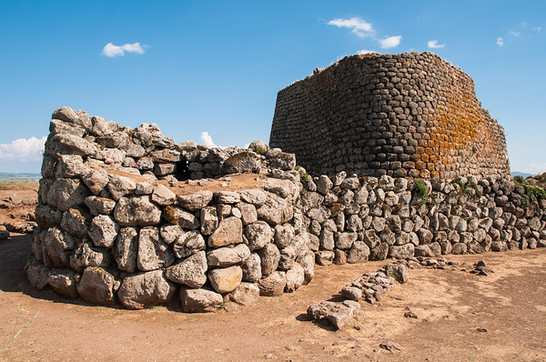 Sardinia: Abbasanta, Nuraghe Losa