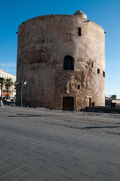 Sardinia, Italy, Alghero: view of the old town - Sardegna, Alghero, torre del centro storico