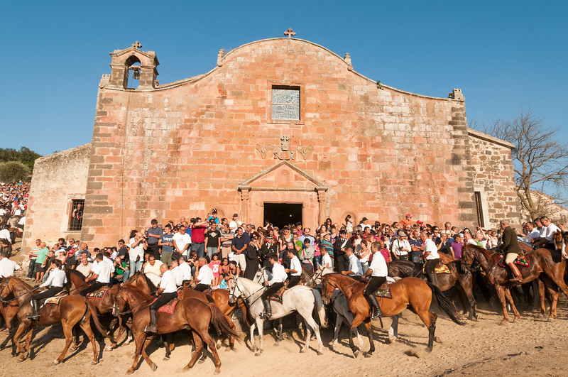 Riders during a lap around the church, as a sign of devotion to San Costantino.
