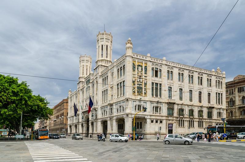 6 Giugno 2013 - Cagliari, Via Roma e Palazzo Civico, sede del Comune